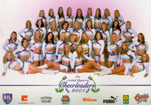 200120cheerleader20claymores201024x7132001.jpg